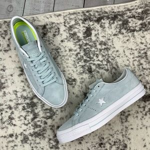 NIB Converse One Star Suede Ox  sneakers